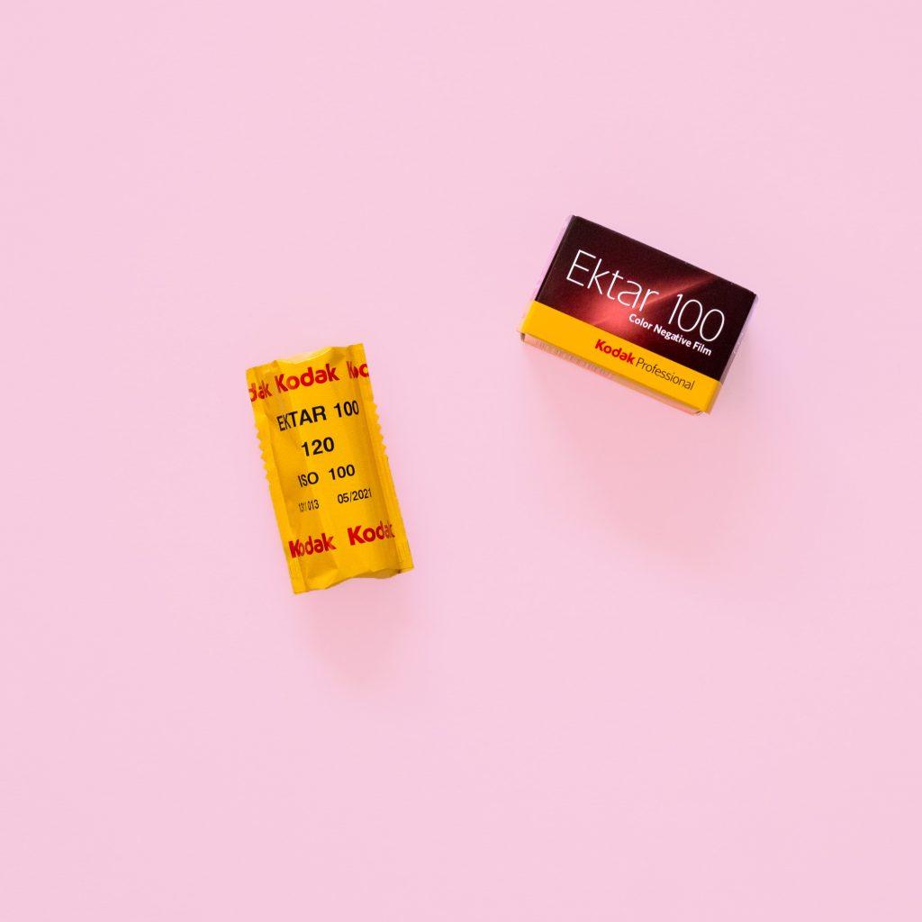 Kodak Ektar 100 Film 120 - Best film for fine detail and landscapes 35mm Pink